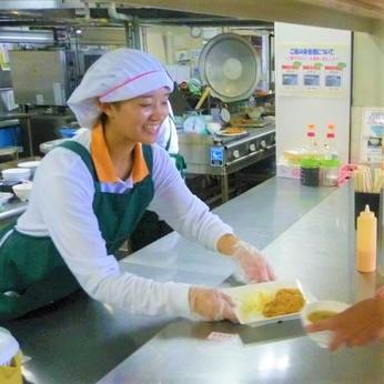 調理業務全般をお任せします。ご利用される方の健康を支えるお仕事です。